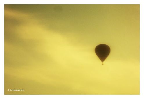 guten Morgen vom fluss ballon
